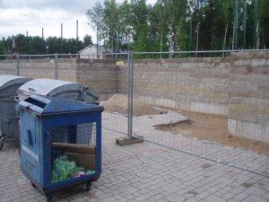 Atkritumu konteineru vietas ir neaizskaramas!